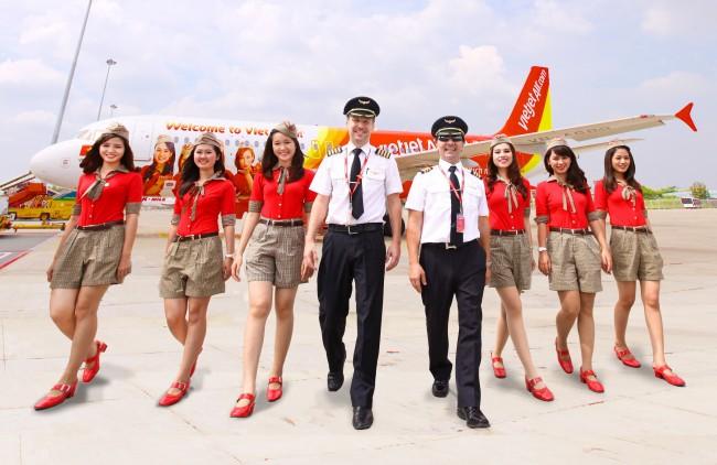 Vietjet mở bán vé máy bay Tết giá rẻ tại Vietnam Booking