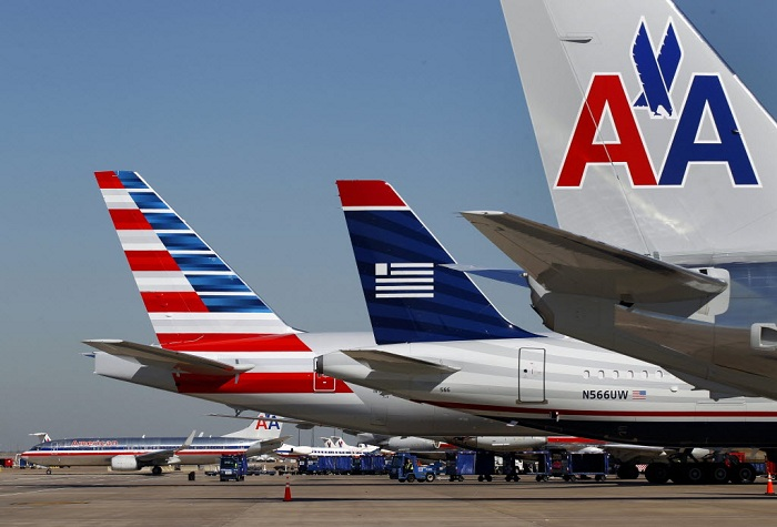 ve-may-bay-american-airline