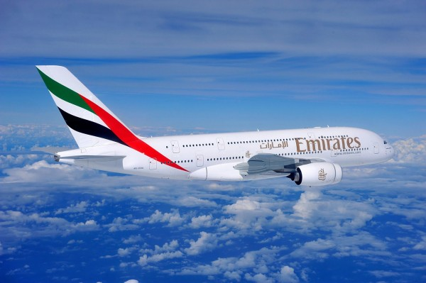 ve may baygia re hang emirates airlines