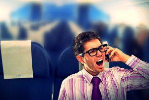 Tại sao phải tắt điện thoại di động khi đi máy bay?