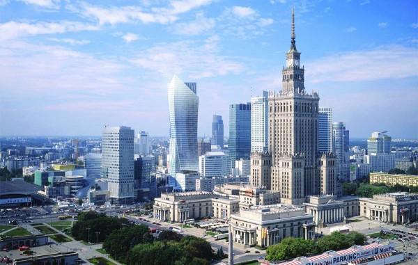 ve may bay di Warsaw gia re 1