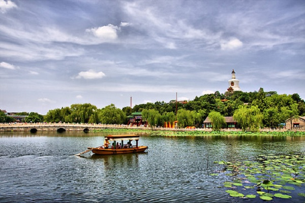 ve-may-bay-di-beijing-2
