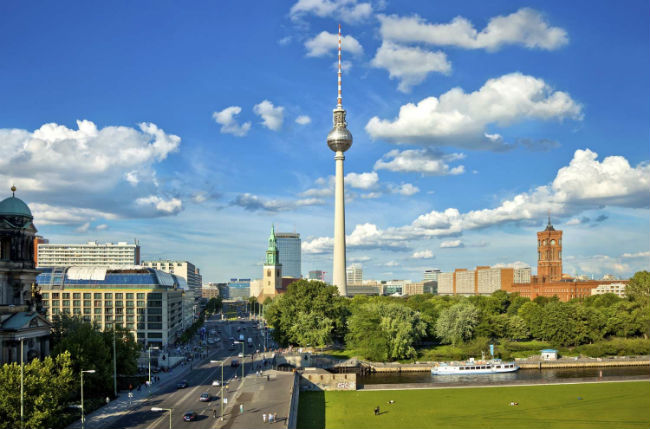 ve may bay di berlin