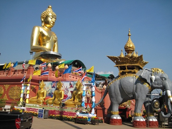 ve-may-bay-di-chiang-rai-5