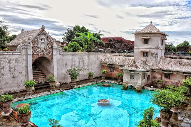 Vé máy bay đi Yogyakarta