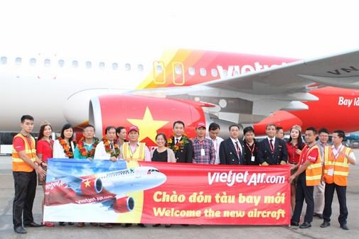 Giá vé máy bay VietJet Air tết 2016