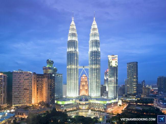 ve may bay di malaysia gia re