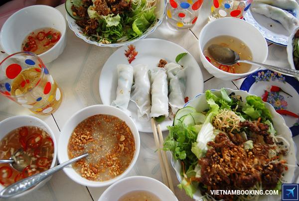 9-dac-san-ngon-suoi-am-chuyen-du-lich-mua-dong-xu-hue-5-17-12-2015