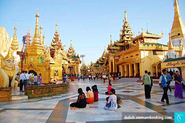 du-lich-myanmar-va-nhung-dieu-cam-ky-khi-vieng-den-chua-1-11-12-2015
