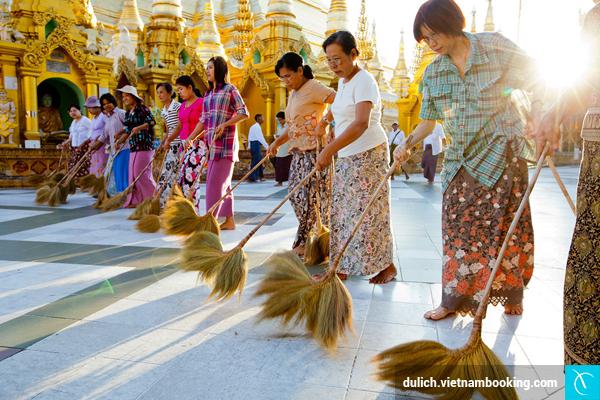 du-lich-myanmar-va-nhung-dieu-cam-ky-khi-vieng-den-chua-2-11-12-2015