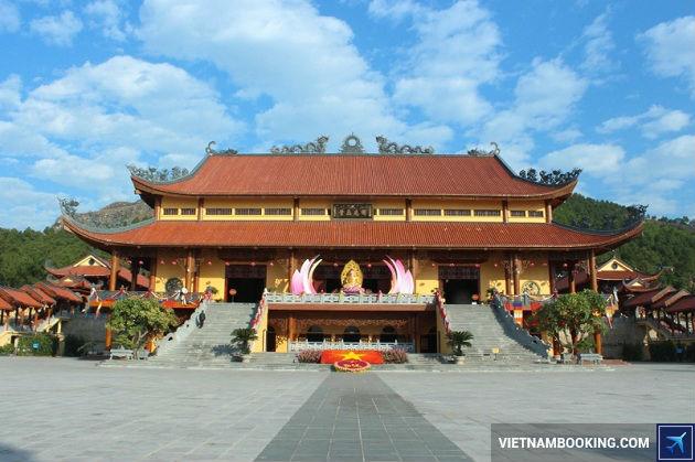 mua tour du lịch Hạ Long, chùa Ba Vàng, TPHCM