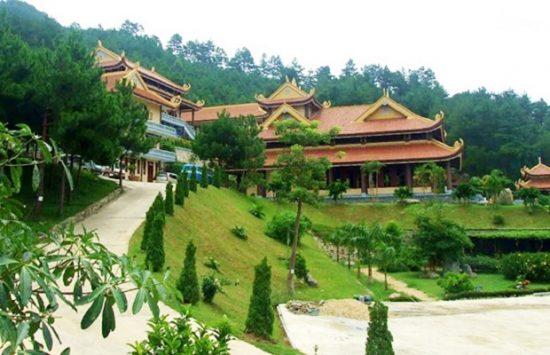 Thiền Viện Trúc Lâm ở Đà Lạt
