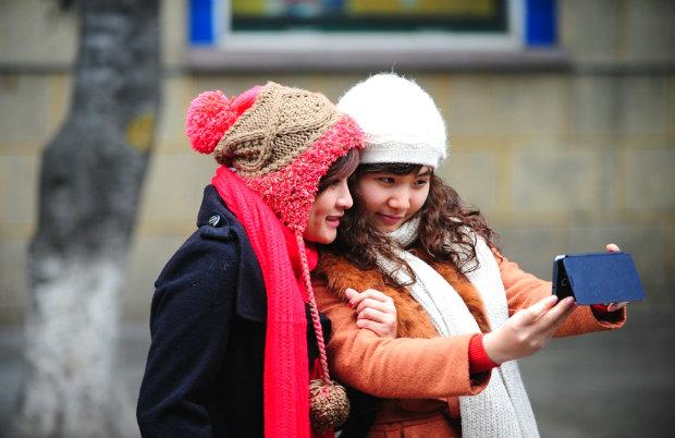 Mang áo ấm khi đi du lịch Hà Nội mùa đông