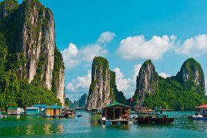 Du lịch tháng 4, Khám phá vẻ đẹp thiên nhiên ở Vinh Hạ Long