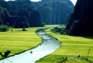 Khám phá vẻ đẹp của mảnh đất Ninh Bình