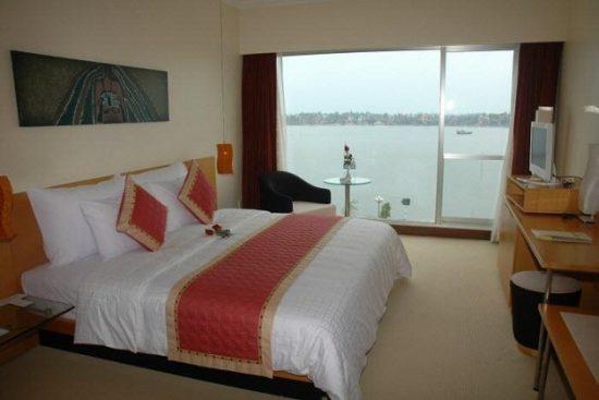 Khách sạn Đồng Hới