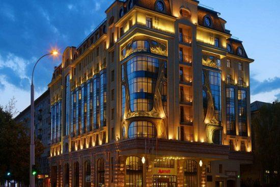 Khách sạn ở Nga