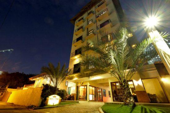 Khách sạn Manila sang trọng