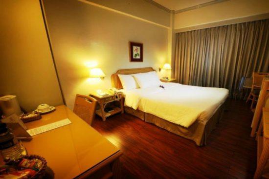 Đặt phòng khách sạn trực tuyến an toàn