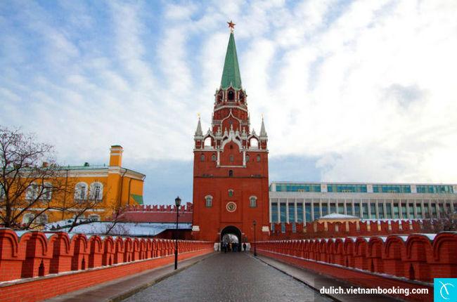 kham-pha-su-bi-an-cua-cung-dien-kremlin-3-24-03-2017