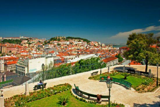 Vé máy bay giá rẻ đi Bồ Đào Nha