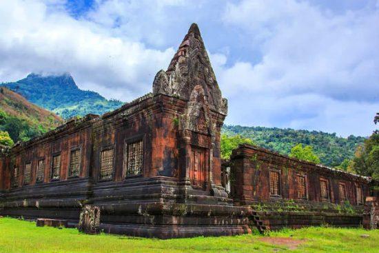 mua vé máy bay đi Lào