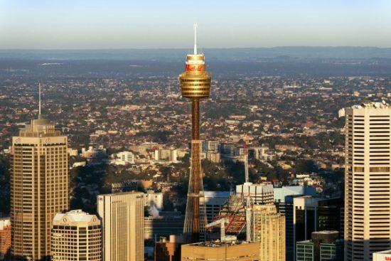 Sydney Tower nhìn từ xa
