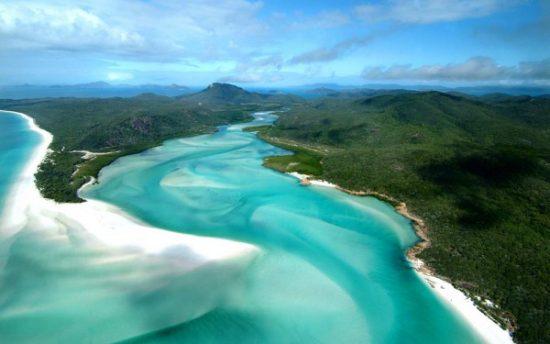 Quần đảo Whitsunday được chụp từ trên cao