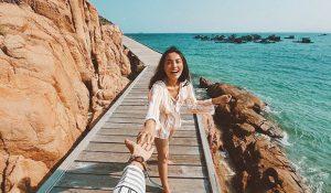 Vi vu miền nắng gió tại những cung đường biển biển đẹp nhất Việt Nam!
