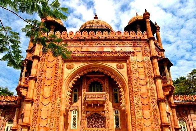 Du lịch Chennai mùa hè 2017