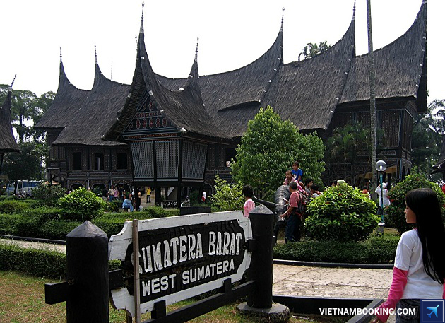 đặt tour du lịch indonesia 4n3d