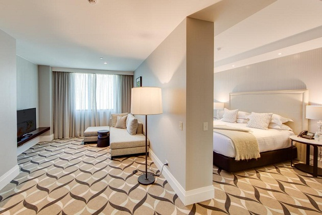 Khách sạn Adelaide