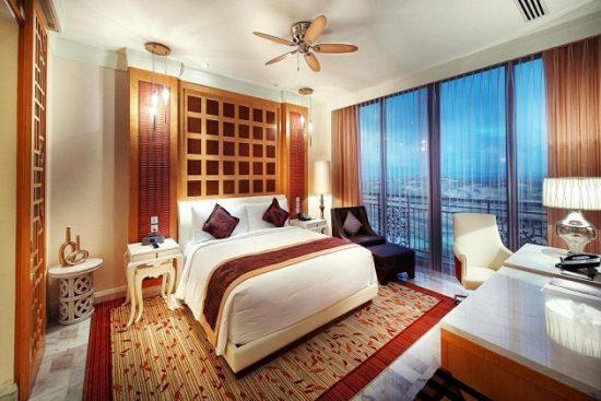 Khách sạn Hồ Tràm cao cấp