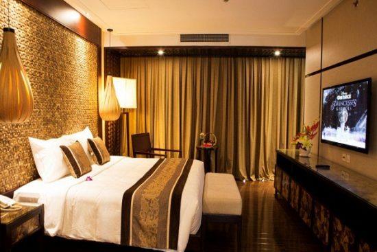 Khách sạn nghỉ mát ở Hồ Tràm