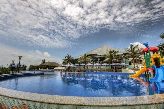 Khách sạn Hồ Tràm giá tốt
