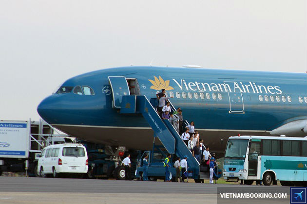 ve may bay gia re vietnam airline