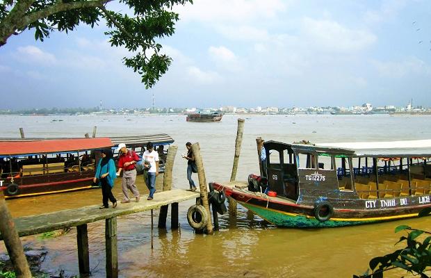 Tour Miền Tây Tát Mương Bắt Cá 1 ngày | Cù lao Thới Sơn – Bến Tre