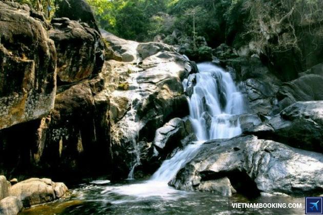 Du lịch thác nước