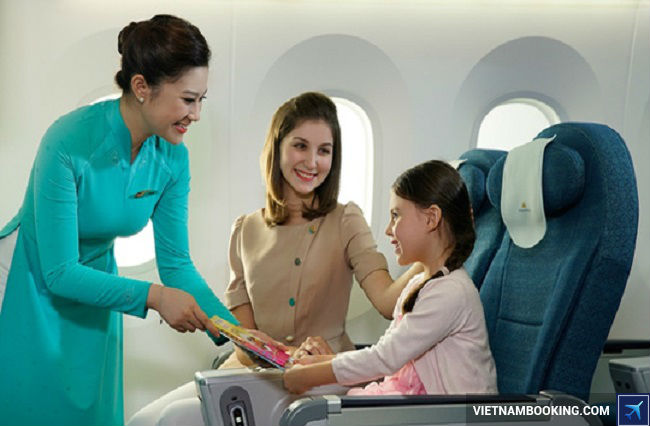 gia ve may bay tre em vietnam airlines