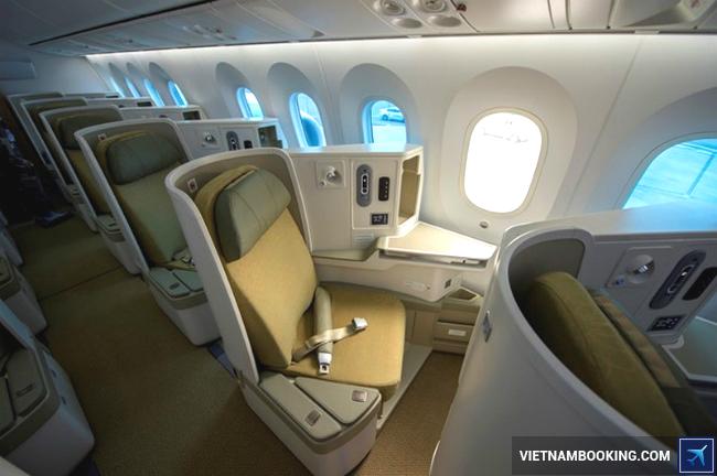 hang-ghe-may-bay-jetstar-18-5-2017-1