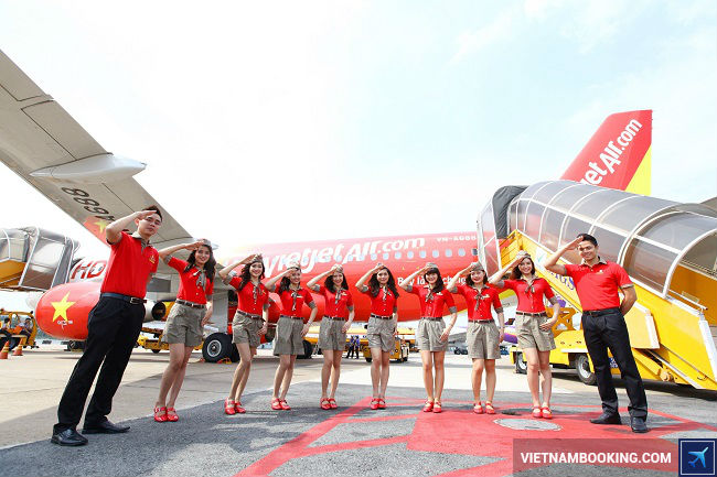 so sanh ve may bay vietjet hay jetstar