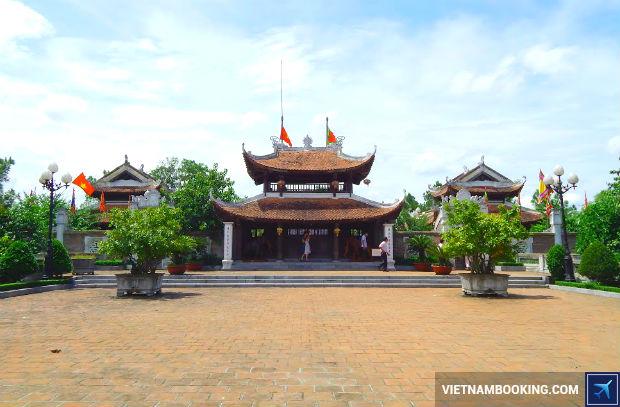 Ve-may-bay-Vietjet-Pleiku-di-Vinh-3-17-6-2017