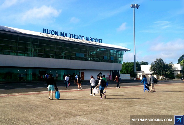 gia ve may bay tu buon me thuot di da nang vietnam airlines