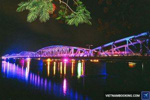 Giá vé máy bay từ Hà Nội đi Huế tháng 8