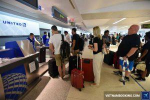 Giải đáp thắc mắc về thủ tục đi máy bay United Airlines