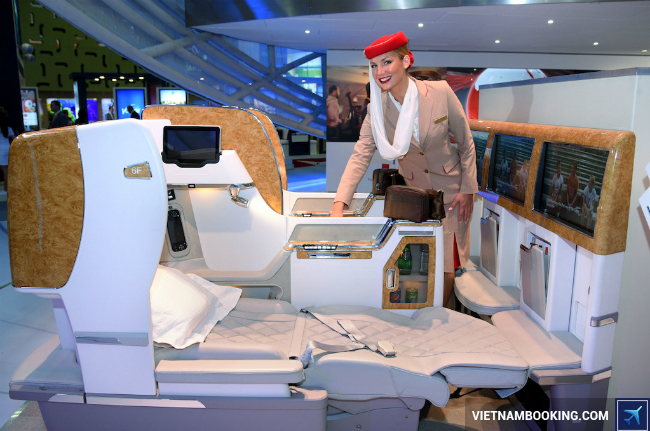 hang-ghe-Emirates-Airlines-2-6-2017-1
