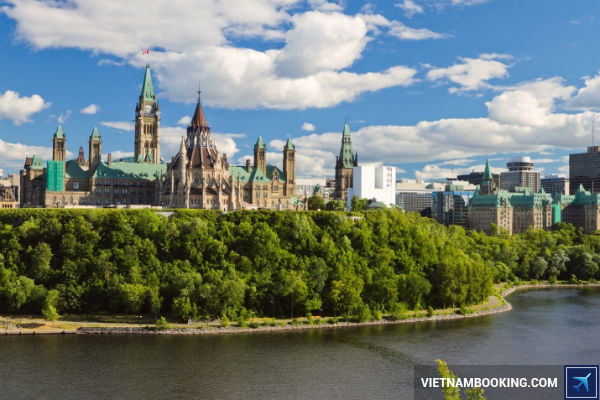 mua-ve-may-bay-Ha-Noi-Canada-kham-pha-thu-do-Ottawa-29-06-2017-1