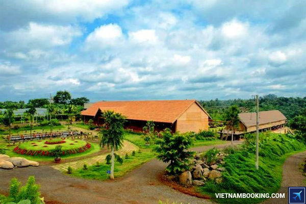 ve-may-bay-Jetstar-tu-Ha-Noi-di-Buon-Ma-Thuot-13-06-2017-2