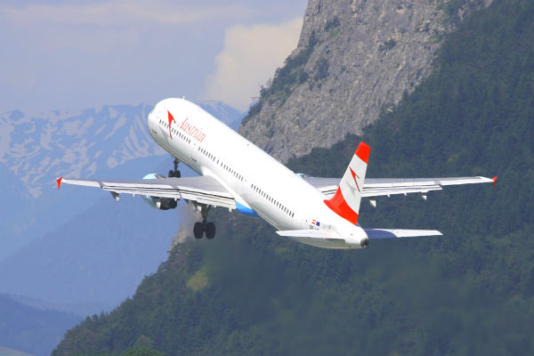 ve may bay austrian airlines