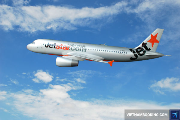 ve-may-bay-gia-re-Jetstar-di-Chu-Lai-21-06-2017-1